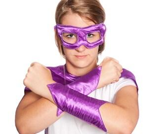 Adult Superhero Eye Mask and Wristbands