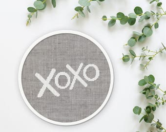 xoxo Cross Stitch Pattern, Hugs and Kisses Modern Simple Cute Valentines Giftable Quote Counted Cross Stitch Pattern PDF Instant Download
