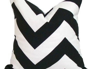 BLACK WHITE PILLOW.20x20 inch Decorative Pillow Cover.Housewares.Home Decor.Geometric.Modern.Black Pillow Cover. Cushion Cover.Popular.Cm