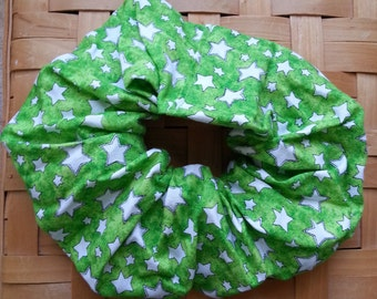 Green with white stars hair scrunchie