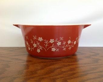 Vintage Pyrex 474 Trailing Flowers, 1980's Trailing Flowers Pyrex Casserole Dish, Vines, Trailing Rouge Casserole Dish, Retro Kitchen