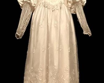 70s Retro-Victorian Style Wedding Gown       LV0051