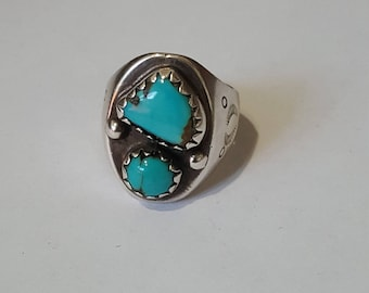 Navajo Sterling Silver & Turquise Ring size 10.5