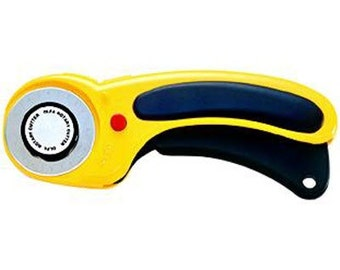 OLFA Deluxe 45mm Ergo Rotary Cutter - Ergonomic Design for a Comfortable Grip - RTY-2/DX - Quilters Cutting Tool (W1447)