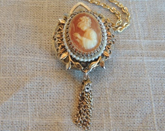 Vintage Norman Watch Co. Cameo Watch Pendant on Gold Tone Chain