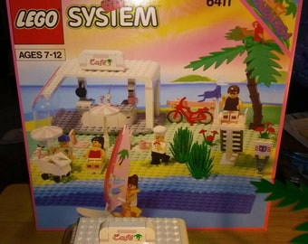 LEGO System 6411 Paradise, Sand Dollar Club, 1992, all pieces included