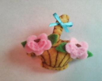 Felt Flower Basket Pin