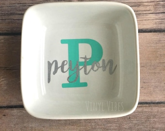 Personalized Name Ring Dish, ring dish, bridesmaide gift, maid of honor gift, wedding gift, bridal shower gift,