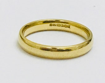 Quality vintage 18ct yellow gold wedding ring - fully hallmarked