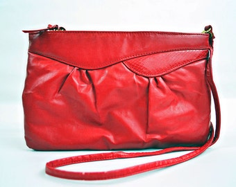 VTG- 1980s Vintage, Red, Clutch, Crossbody, Shoulder bag in Vegan leather with Faux Snakeskin accents, Medium sized Cherry Eighties Clutch