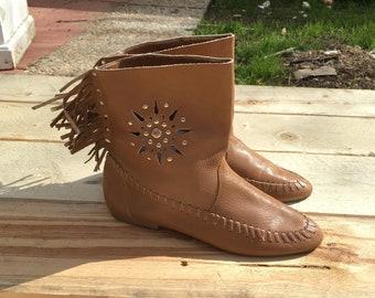 Vintage Fringe Moccasin Ankle Boots Brown Leather Sz 6