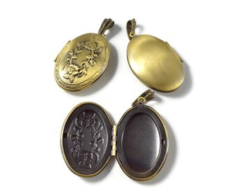Large Carved Floral Vintage Inspired Locket in Antique Brass 3 pcs
