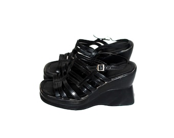 90s vintage platform sandals / black leather women shoes