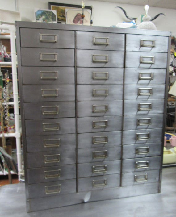 Industrial cabinet 30 drawers ideal for jewelry, parts or??
