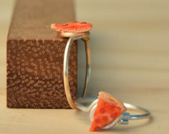 Pepperoni Pizza Slice Knuckle Ring - Polymer Clay Food Midi Ring