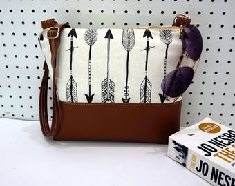 Crossbody Bag, Arrow Crossbody Bag, Crossbody, Crossbody with Vegan Leather Trim, Zipper Shoulder Bag, Gift for Her