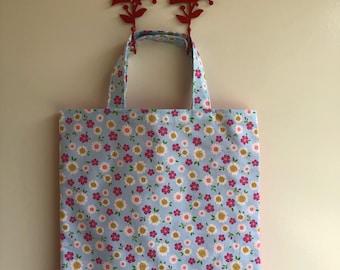 Pretty flowers library bag
