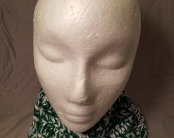 Green and White Cowl - #CC310