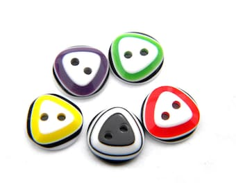10 Assorted Triangle on Round Buttons