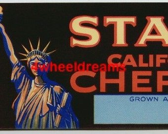 1940s Statue of Lady Liberty California Cherries Crate Label Vintage