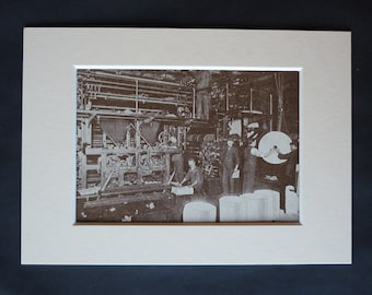 1930s Antique Newspaper Printing Machine Print, Available Framed, Reporter Art, Printer Gift, Press Wall Art, Fleet Street Machinery Decor