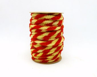 Spool of Red & Cream Chenille Wired Garland - 6.5 Yards