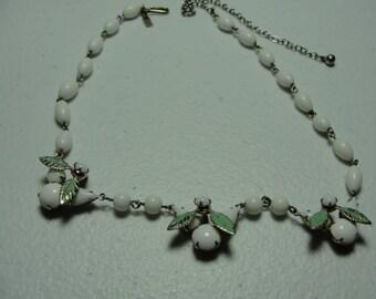 Vintage milkglass necklace