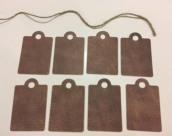 Set of 8 tags 70 mm x 45 mm pattern leather
