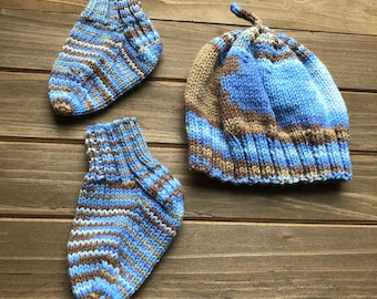 HANDMADE Baby Boy Hat and Booties Set | Baby Gift Set | Baby Shower Gift
