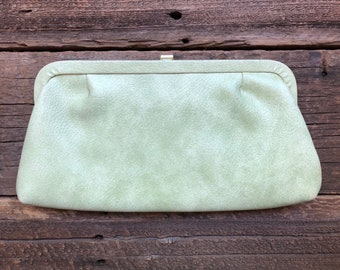 Vintage feminine mint green clutch