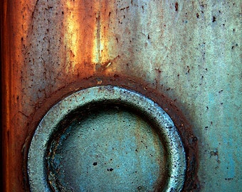 Train Detail: Turquoise with Rust
