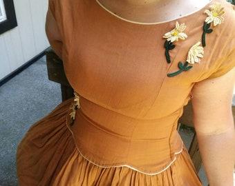 40's/50's Vicky Vaughn Daisy dress