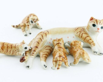 Miniature Cats 5 Pcs./Set - Miniature Striped Brown Cat Family - Ceramic Hand Painted