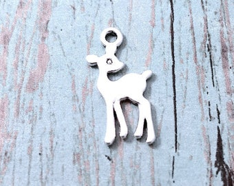 10 Small deer charms antique silver tone (2 sided) - silver deer pendants, woodland charms, animal charms, forest charms, doe charm, E3