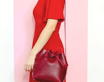 Red Leather Bucket Bag. Italian vegetable tanned leather