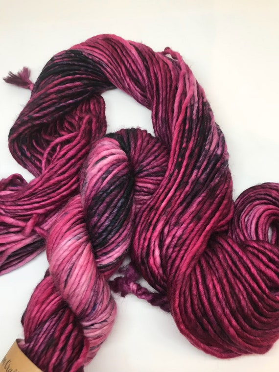Blackcurrant - 100g Super Chunky SW Merino / Nylon Singles, hand dyed in Scotland, burgandy, black speckles