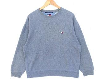 30% Off!! Vintage 90's Tommy Hilfiger Sweatshirt Size L