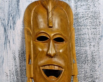 Vintage African mask..   WALL DECOR...  wood...   home decor...  primitive art...  T 14