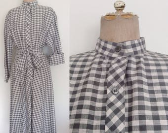 1980's Grey Checkered Plaid Shirtwaist Dress Size Medium by Maeberry Vintage