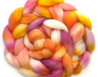 Falkland Roving Handdyed Combed Top - Bellini 5.0 oz.