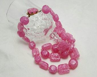CASTLECLIFF Pink Necklace