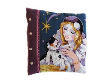 Purple pillow cover, decorated canvas Columbine and Pierrot, velvet, washable, zip closure, creating unique Laboutikasoizik.