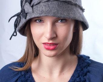 Grey felt hat, Royal winter hat, Chic winter hat, Retro felt hat, Gift for her, Elegant hat, grey melange winter hat, cloche felt hat