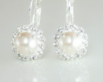 Swarovski pearl drop earrings,swarovski pearl earrings,swarovski bridal earrings,pearl bridal earrings,pearl earrings,pearl leverback,cream