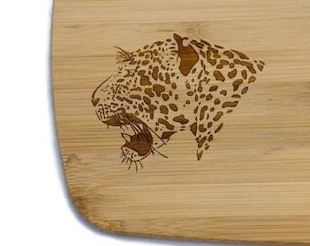 Cat cutting board, Jaguar decor, Jungle home decor, Bamboo cutting board, Wood carving board, Big cat home decor, cat kitchen, cat trivet