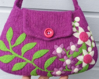 Felted bag purse pouch violet purple wool hand knit needle white violet pink felted flowers leaves