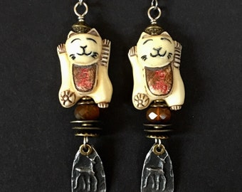 Artisan earrings #52...Cat carving and pewter