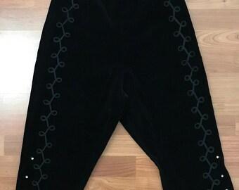 1950s Sunkist Black Velveteen Matador Capri Pants