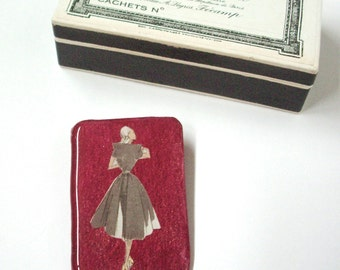 French Chic. Handmade Vintage Brooch. French Style Brooch.  Handmade Jewelery. 1950s French Paper. French Lady. French Mademoiselle. Red.