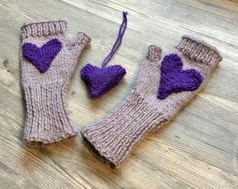 Purple heart fingerless mittens with free knitted heart ornament